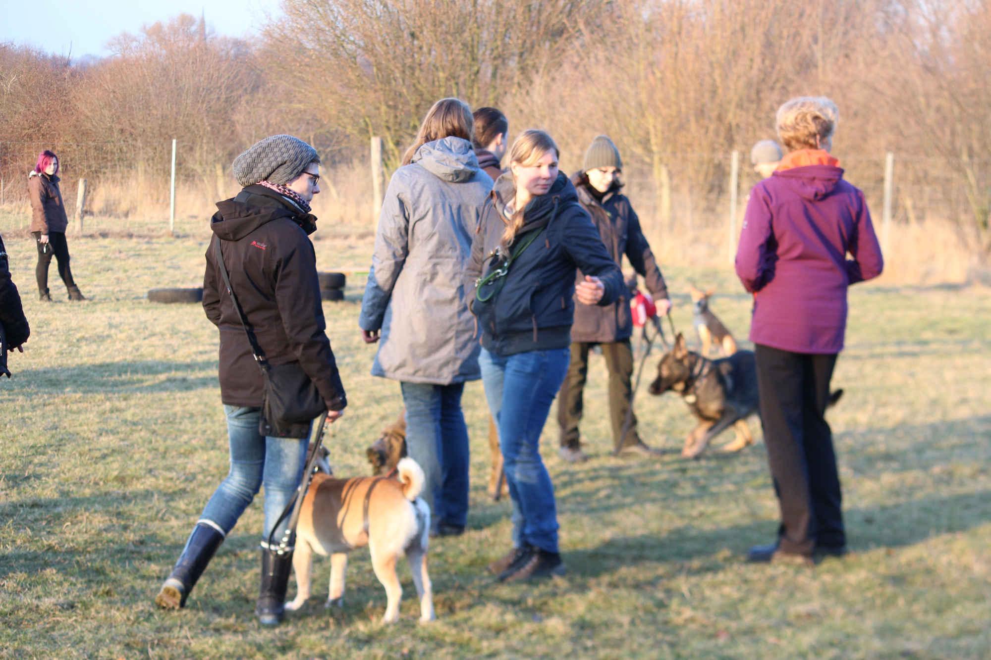 Gruppenaufnahme beim Zehengänger Training in Isernhagen